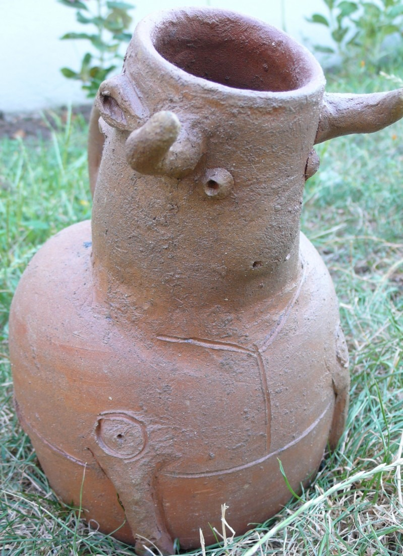vase taureau, terre cuite, coll.privée