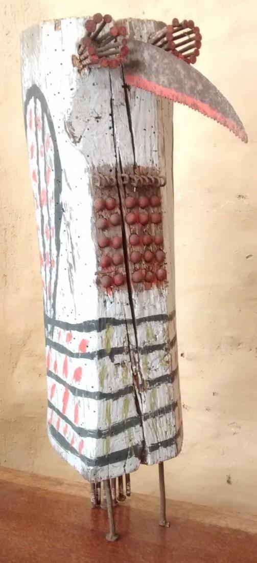 hibou aux clous, bois peint et clous