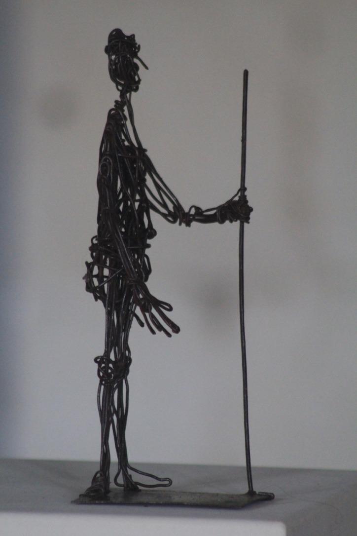 Homme à la lance, fil de fer